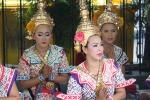 Tänzerinnen beim Erawan Schrein