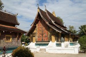 Einer der vielen delikat verzierten Tempel in der Altstadt