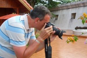 Fremde Menschen zu fotografieren ist nicht so einfach wie Blumen zu knipsen.