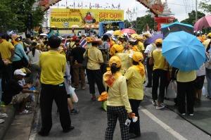 Ob gelb oder rot - endlose Demos gefährden den Tourismus Thailands