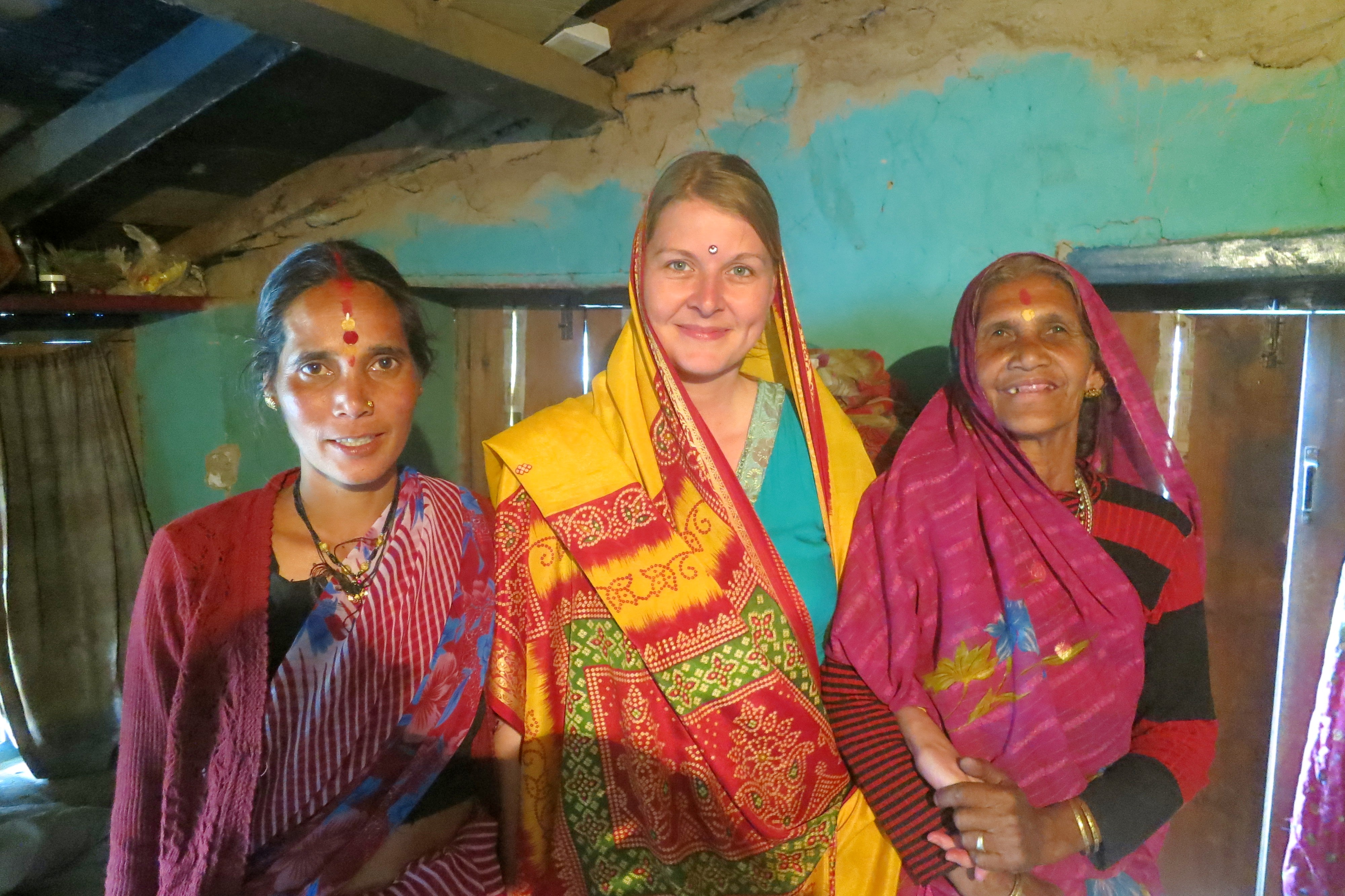 Young Woman Traveling Alone Europe Familienleben Uttarakhand